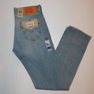 Levi's men's size 32x34 Levi's 501 Button Fly @